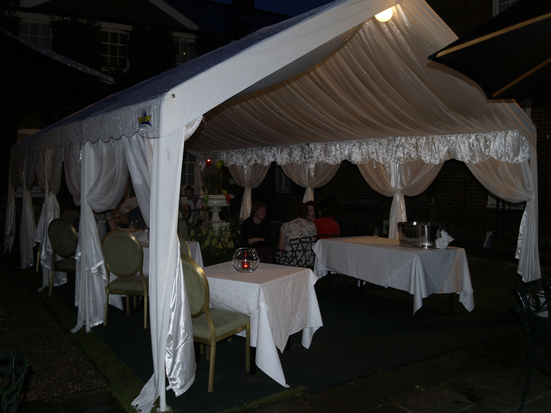 4m x 8m marquee with interior lining